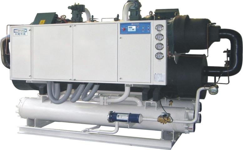cung cấp và lắp đặt máy làm lạnh nước (Chiller) dành cho bồn làm lạnh sữa tươi